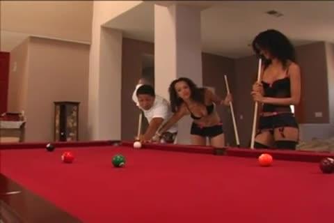 Contessa Vivalia & Tyra Banxxx Vs Rico Strong