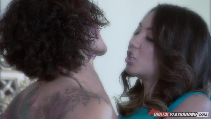 Jandi Lin & Keeani Lei Vs Rico Strong