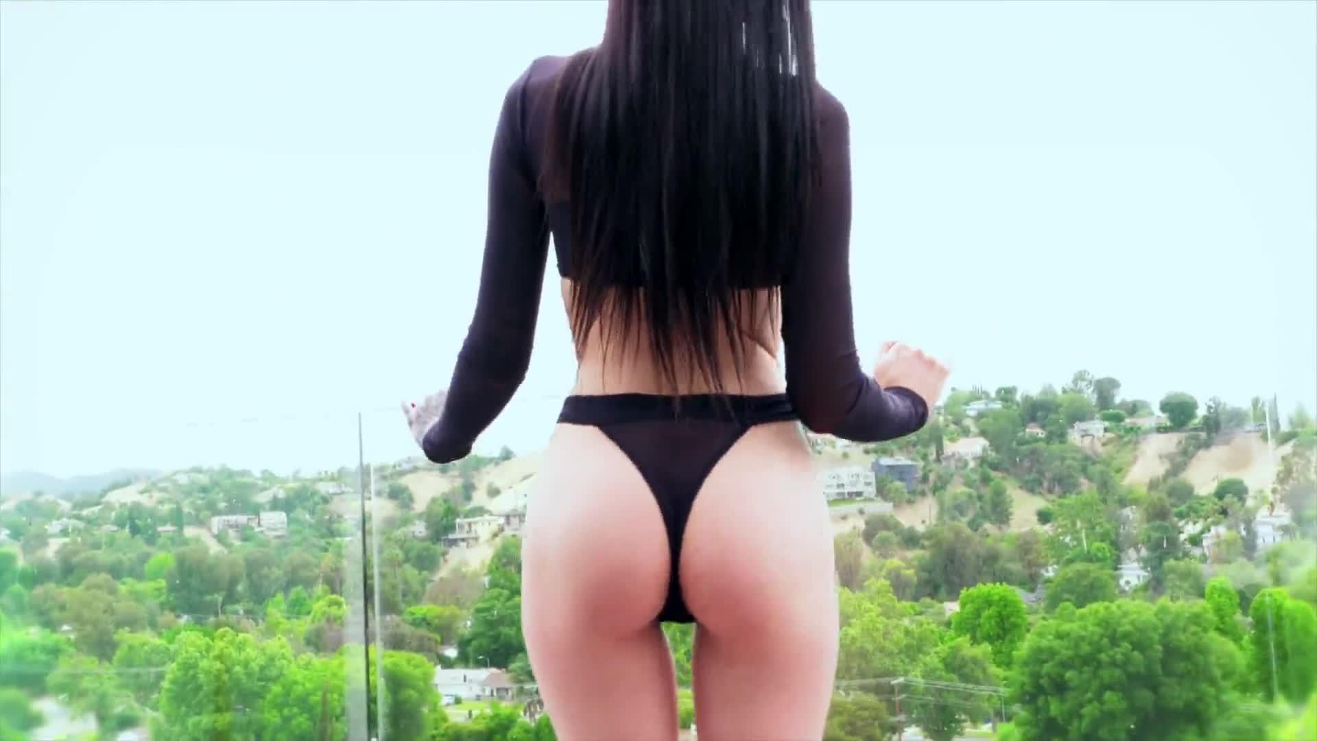 Marley Brinx Gangbang