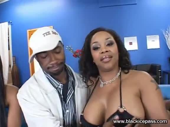Kapri Styles & Madison Love Orgy